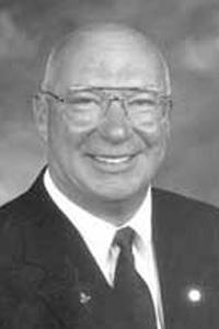 2000 Distinguished Alumni - David Sparks