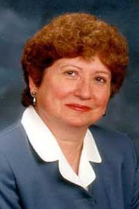 2001 Distinguished Alumni - Gilda Gill