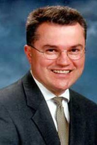 2001 Distinguished Alumni - Michael Mulligan
