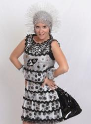 SCC Glass Ball to feature glass fashion show, Paul Stankard orb and silent auction