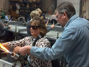 SCC Glass Education Center's Holiday Glass Workshops, Open House and Glass Sale slated for Dec. 10